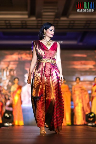 Bindu Madhavi Walks The Ramp At 'Femina Wedding Show'