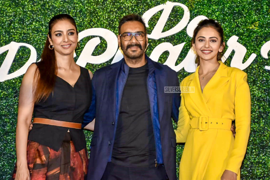 Ajay Devgn , Tabu, Rakul Preet Singh At The 'De De Pyaar De' Trailer Launch