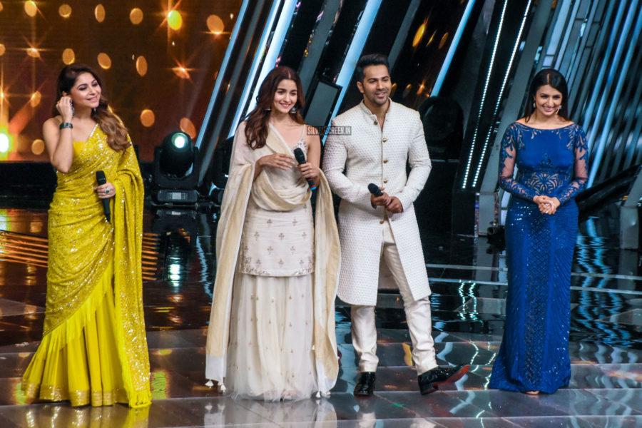 Alia Bhatt, Varun Dhawan Promote 'Kalank' On The Sets Of Voice Of India