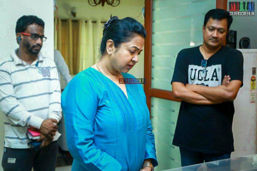 Radhika Sarathkumar Pays Respect To Director J Mahendran