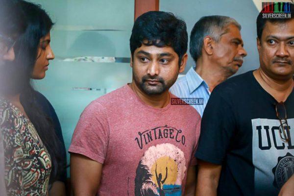 Thiru Pays Respect To Director J Mahendran