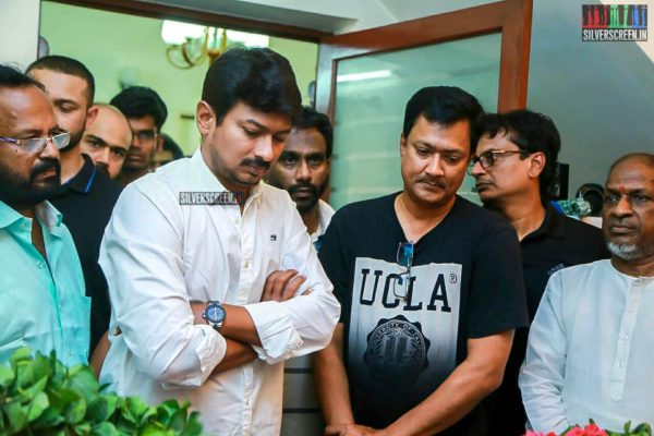 Udhayanidhi Stalin Pays Respect To Director J Mahendran