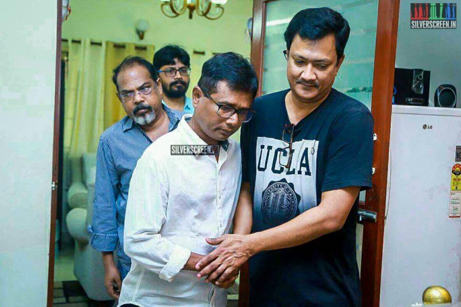 Sasi Pays Respect To Director J Mahendran
