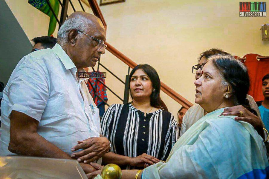 SP Muturaman Pays Respect To Director J Mahendran
