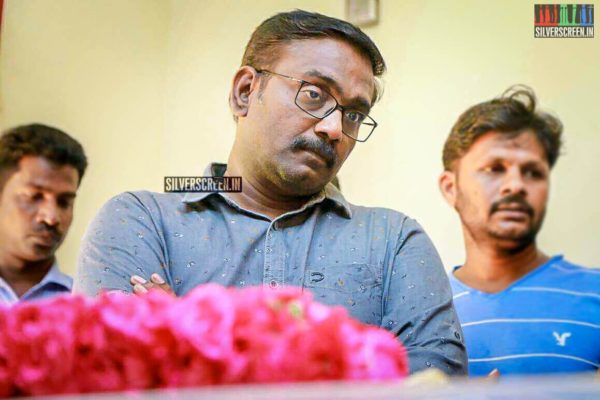 Vasanthabalan Pays Respect To Director J Mahendran