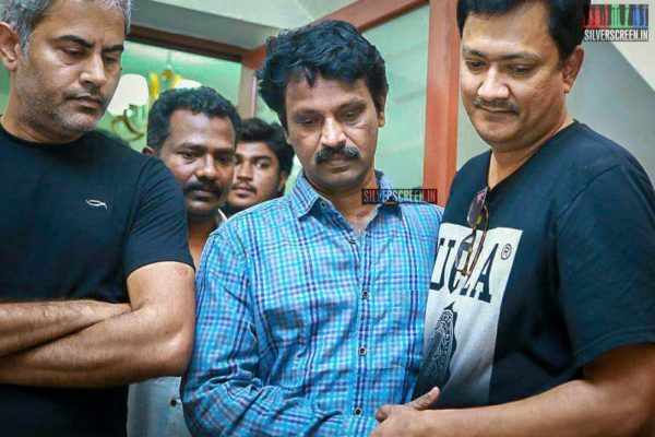 Cheran Pays Respect To Director J Mahendran