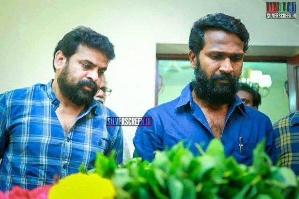 Vetrimaaran, Ameer Pay Respect To Director J Mahendran