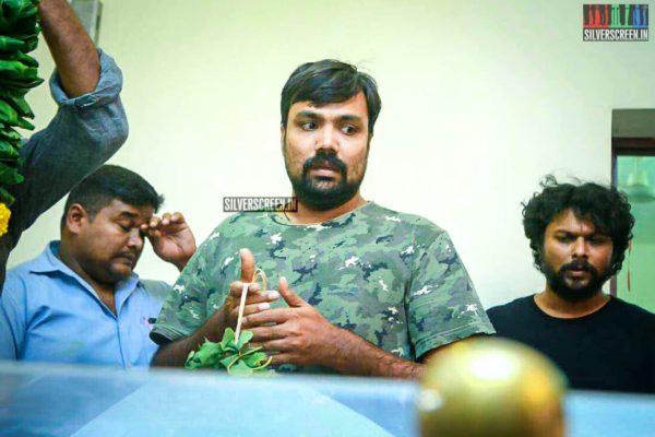 Balaji Tharaneetharan Pays Respect To Director J Mahendran