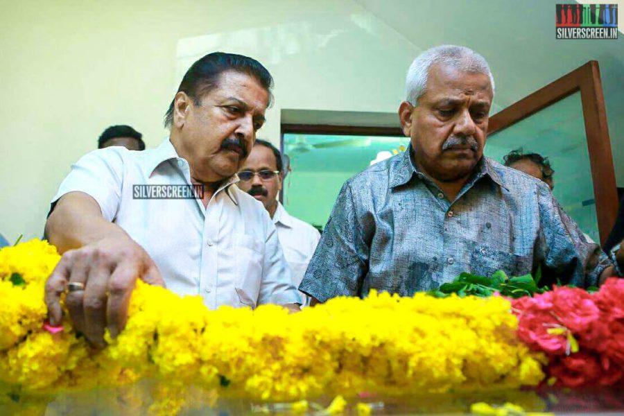 Sivakumar Pays Homage To Director J Mahendran