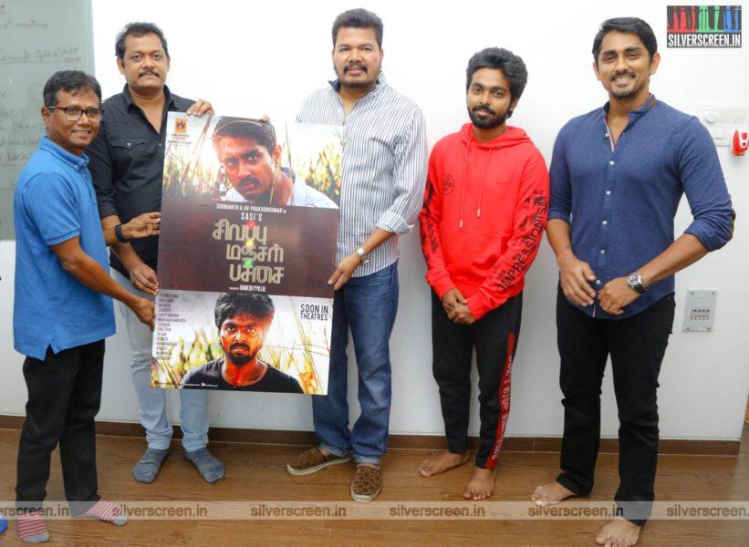 Director Shankar, Siddharth, Sasi, GV Prakash Kumar At The First Look Launch  Of 'Sivappu Manjal Pachai'