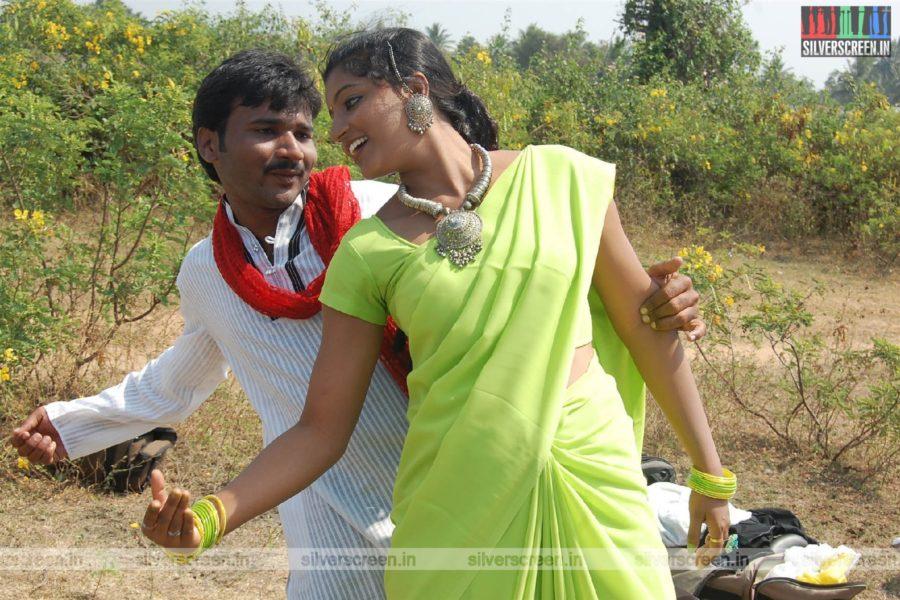Kallathanam Movie Stills