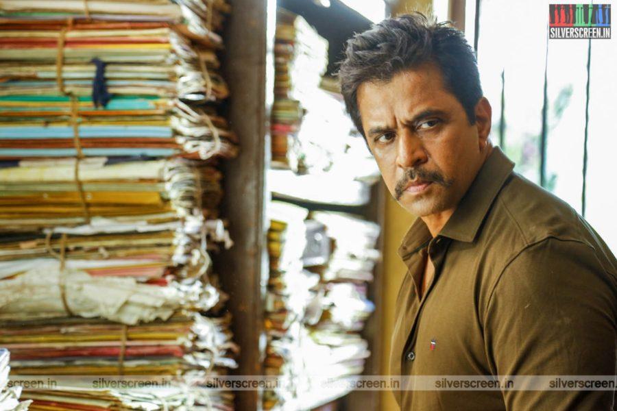 Kolaigaran Movie Stills Starring Arjun