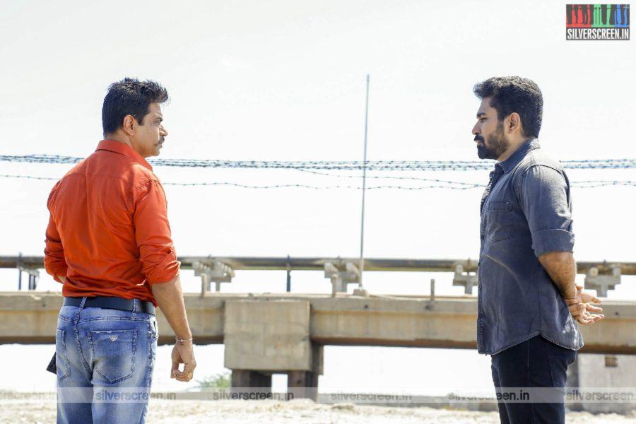 Kolaigaran Movie Stills Starring Vijay Antony, Arjun