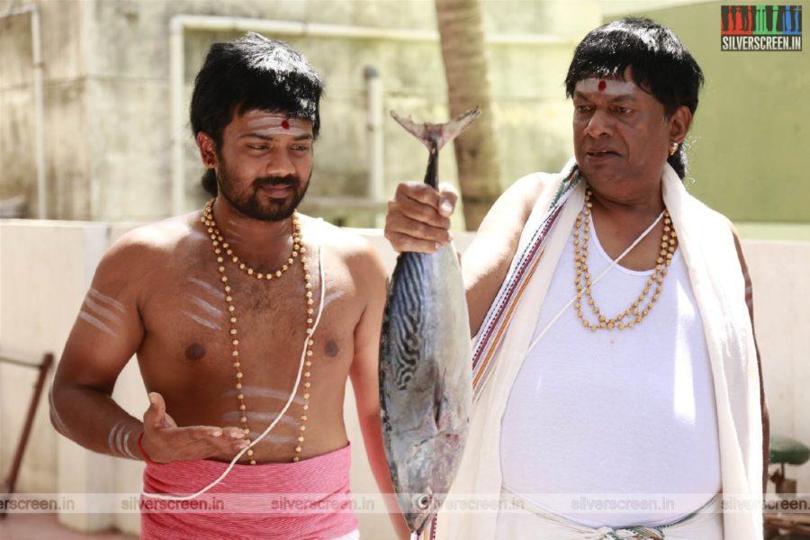 Obama Unagalukaga Movie Stills Starring Prithvi Pandiarajan, Janagaraj