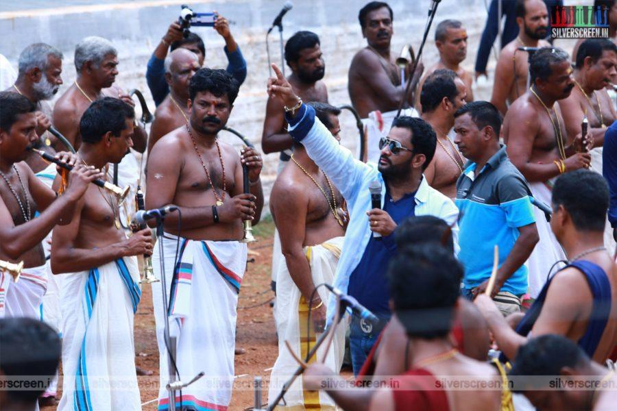 Oru Kadhai Sollatuma Movie Stills Starring Resul Pookutty