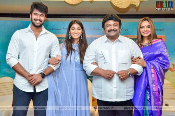 Prabhu, Madhoo At The 'College Kumar' Movie Launch