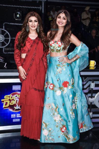 Shilpa Shetty, Raveena Tandon On The Sets Of 'Super Dancer 3'