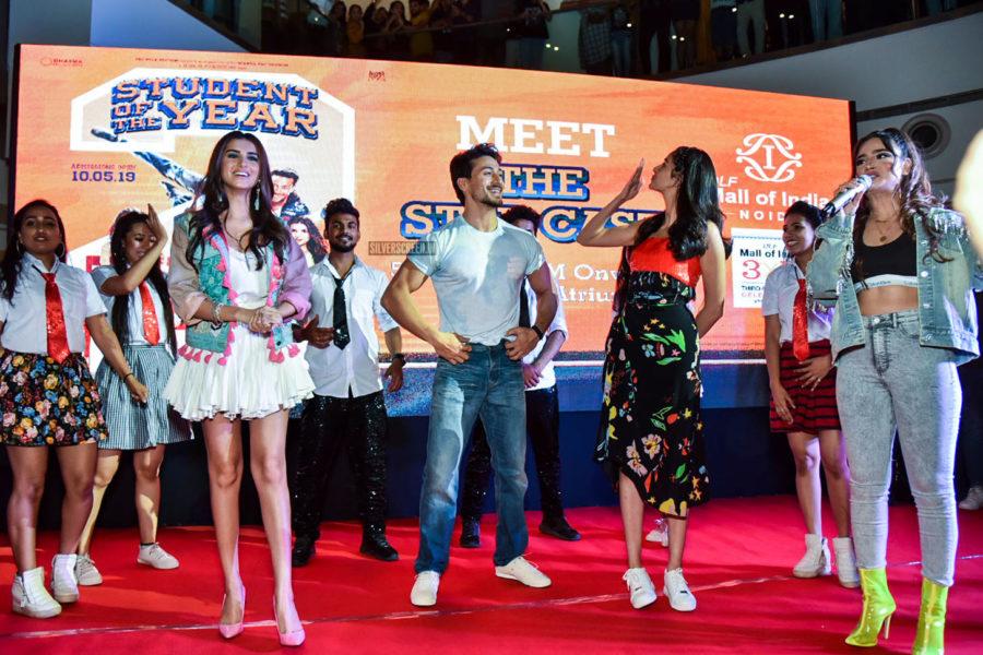 Ananya Panday, Tiger Shroff, Tara Sutaria Promote 'Student Of The Year 2'