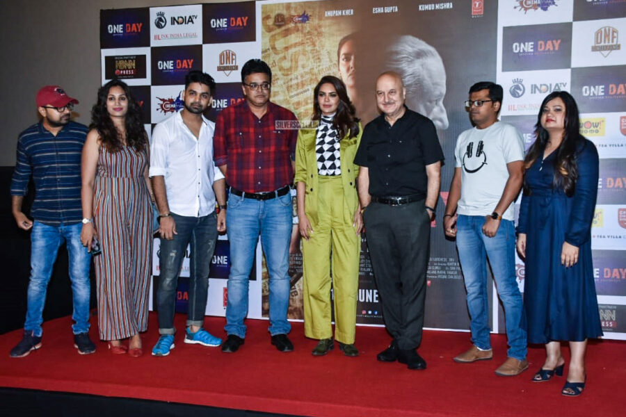 Esha Gupta, Anupam Kher At The One Day Trailer Launch