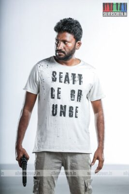 Suttu Pidikka Utharavu Movie Stills Starring Suseenthiran