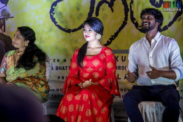 Akshitha At The 'Siragu' Press Meet