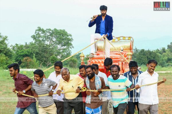 Mosadi Movie Stills Starring Viju, Pallavi Dora