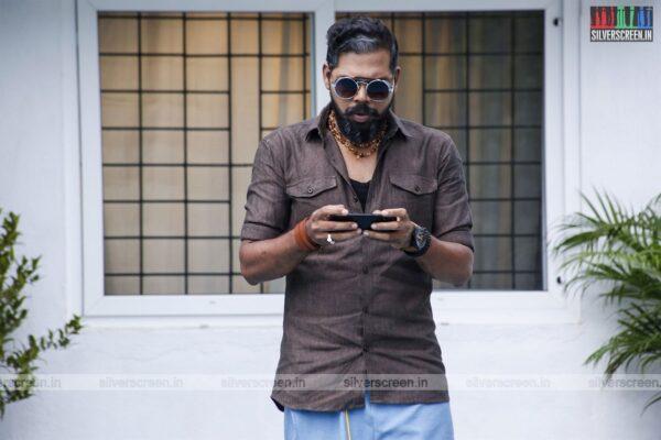 Nenjamundu Nermaiyundu Odu Raja Movie Stills Starring Vivek Prasanna