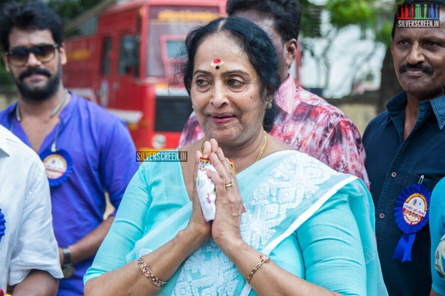 KR Vijaya Votes In Nadigar Sangam Elections