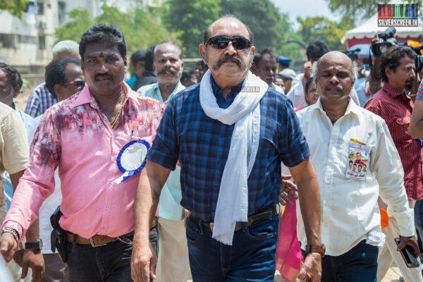 Vijayakumar Votes In Nadigar Sangam Elections