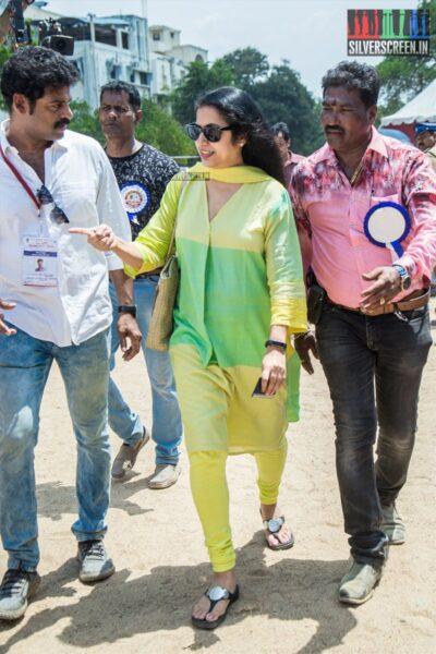 Suhasini Mani Ratnam Votes In Nadigar Sangam Elections