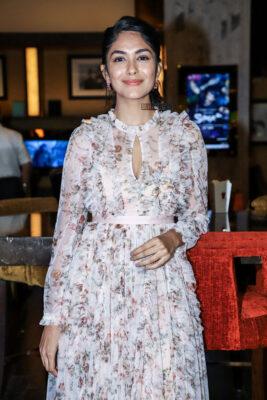 Mrunal Thakur At The 'Super30' Premiere