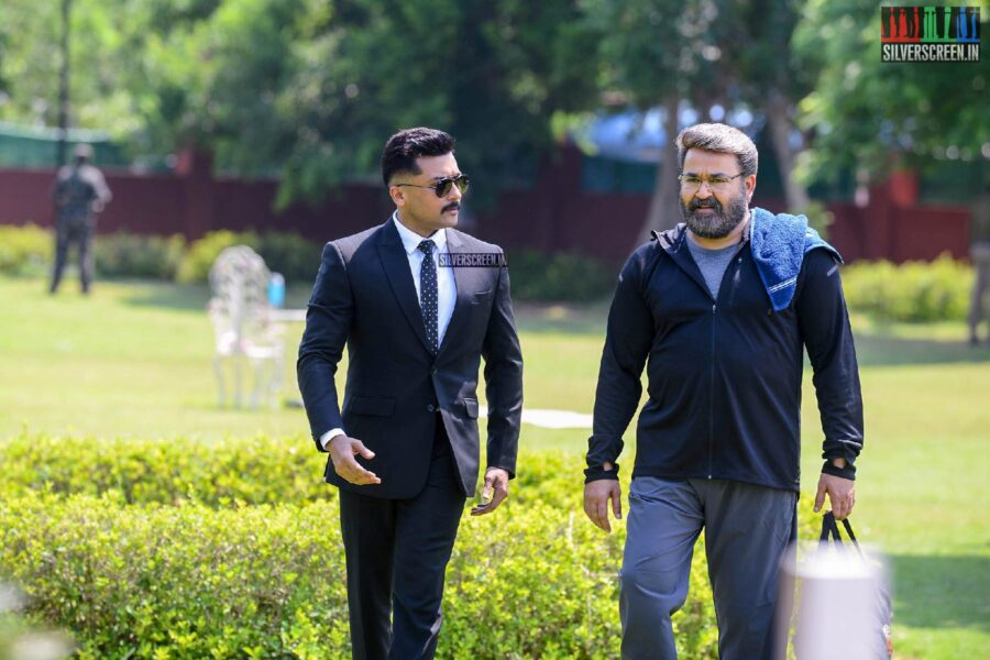 Kaappaan Movie Stills Starring Suriya, Mohanlal