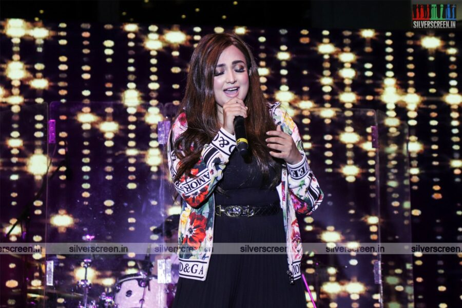 Monali Thankur Live In Concert At The Forum Vijaya Mall