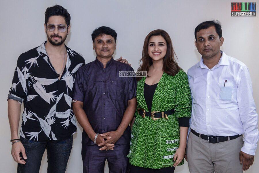 Parineeti Chopra, Sidharth Malhotra Promote 'Jabariya Jodi'