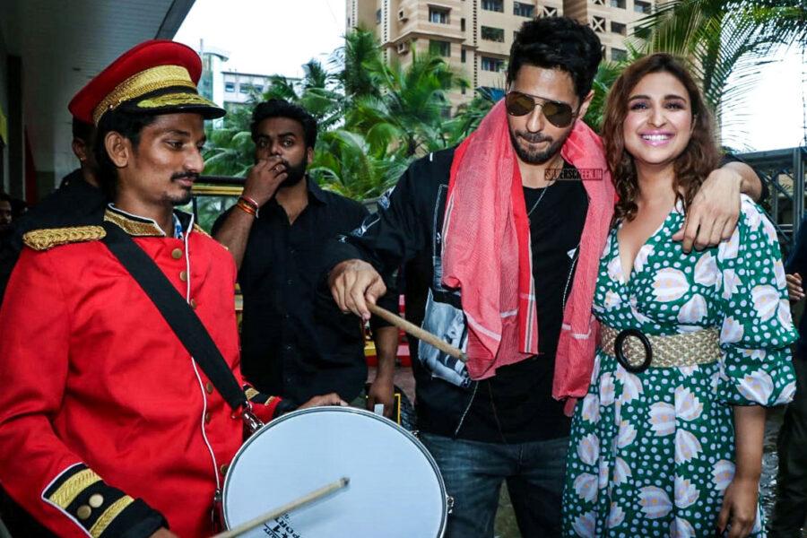 Siddharth Malhotra, Parineeti Chopra At The Jabariya Jodi Trailer Launch