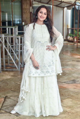 Sonakshi Sinha Promotes 'Khandaani Shafakhana'