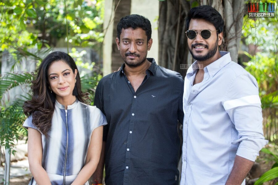 Sundeep Kishan, Anya Singh At The 'Kannadi' Press Meet