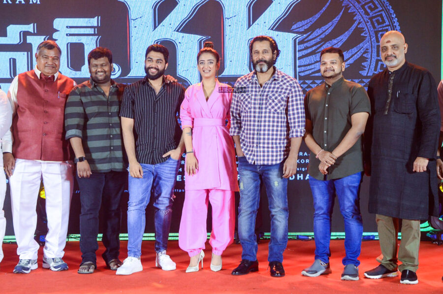 Vikram, Akshara Haasan At The 'Mister KK' Pre Release Event