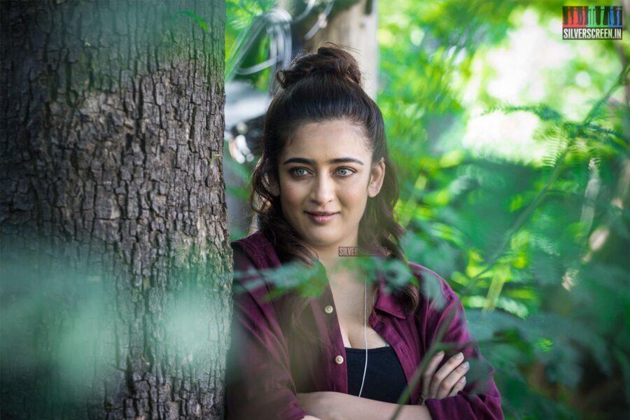 Akshara Haasan At The 'Finger Tip' Press Meet