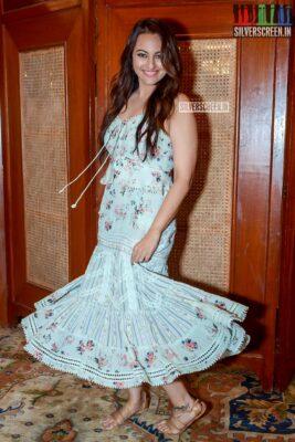 Sonakshi Sinha Promotes 'Mission Mangal'