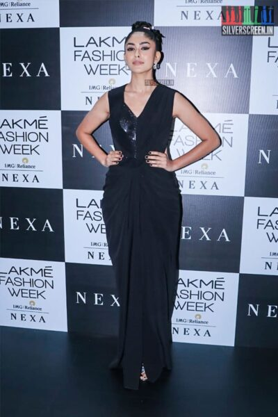 Mrunal Thakur At The Red Carpet Of Lakme Fashion Week 2019 - Day 1