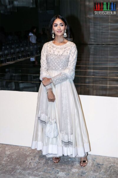 Mrunal Thakur At The Lakme Fashion Week 2019