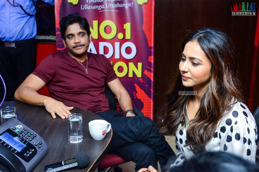 Nagarjuna, Rakul Preet Singh At The Second Single Launch From 'Manmadhadu 2'