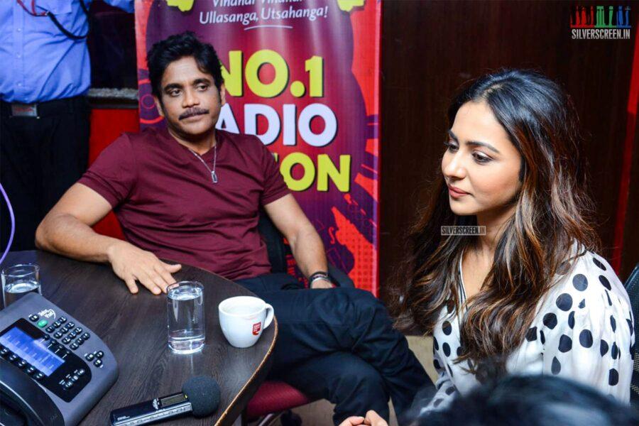 Nagarjuna, Rakul Preet Singh At The Second Single Launch From 'Manmadhadu 2'