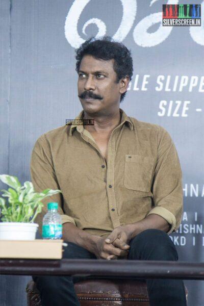 Samuthirakani At The 'Oththa Seruppu Size 7' Press Meet