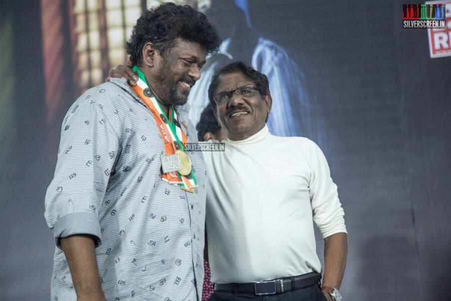 P Bharathiraja, R Parthiban At The 'Oththa Seruppu Size 7' Press Meet