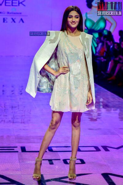 Shreya Shanker Walks The Ramp For Abhishek Sharma At The Lakme Fashion Week 2019 - Day 3