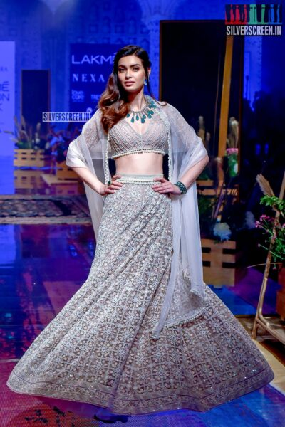 Diana Penty Walks The Ramp For Riddhi Mehra At The Lakme Fashion Week 2019 - Day 3