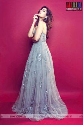 Raashi Khanna Photoshoot Stills