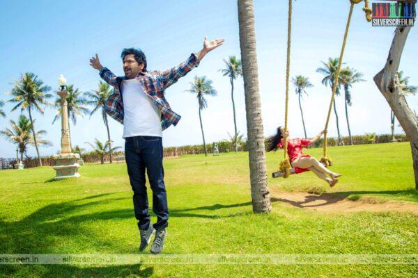 Sixer Movie Stills Starring Vaibhav, Palak Lalwani
